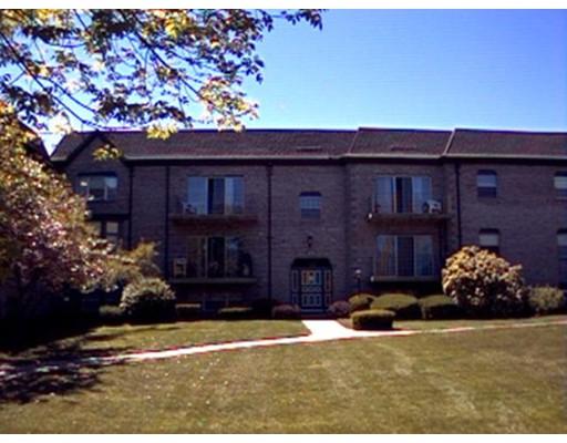 115  Oak Ln,  Brockton, MA