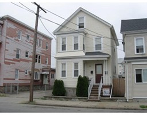 Additional photo for property listing at 848 Globe Street  Fall River, Massachusetts 02724 Estados Unidos