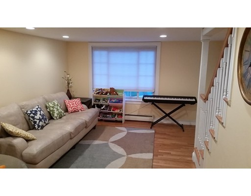 Lexington Apartments-tazar.com