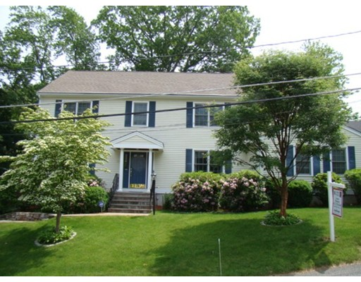 Property for sale at 37 Edgemoor Ave, Wellesley,  MA 02482