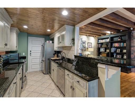 Townhome / Condominium للـ Rent في 80 Commercial Street 80 Commercial Street Boston, Massachusetts 02109 United States