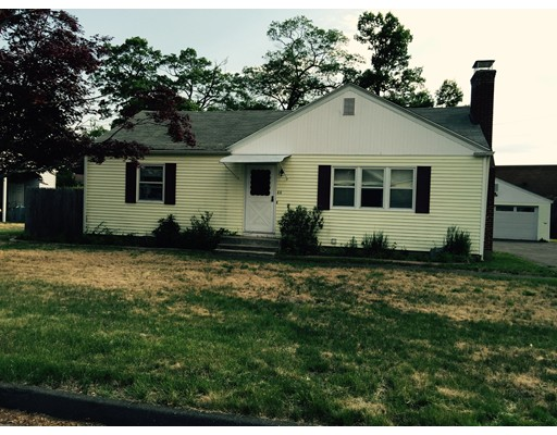 44  White Birch Ave,  Chicopee, MA