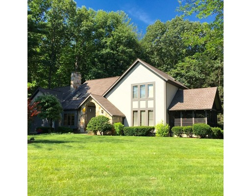 53  Country Corners Rd,  Amherst, MA