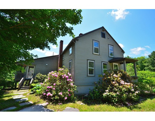 Single Family Home for Sale at 916 Quarry Road Becket, Massachusetts 01223 United States