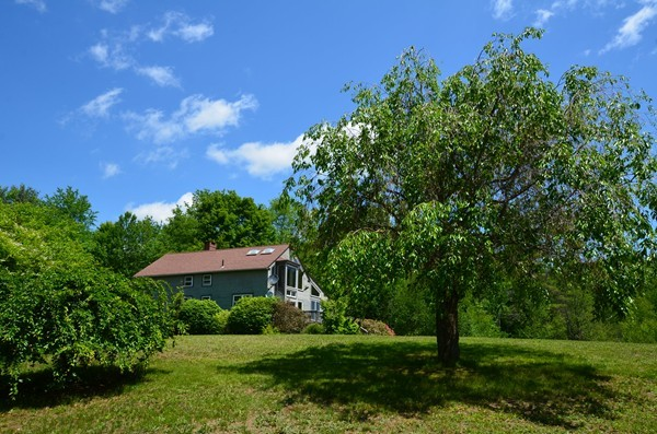 Photo #11 of Listing 916 Quarry Road