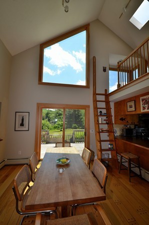 Photo #18 of Listing 916 Quarry Road