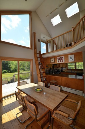 Photo #19 of Listing 916 Quarry Road