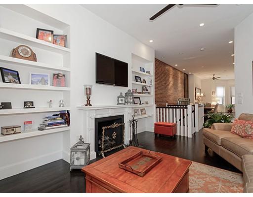 Luxury Condominium for sale in 249 Beacon St Back Bay, Boston, Suffolk