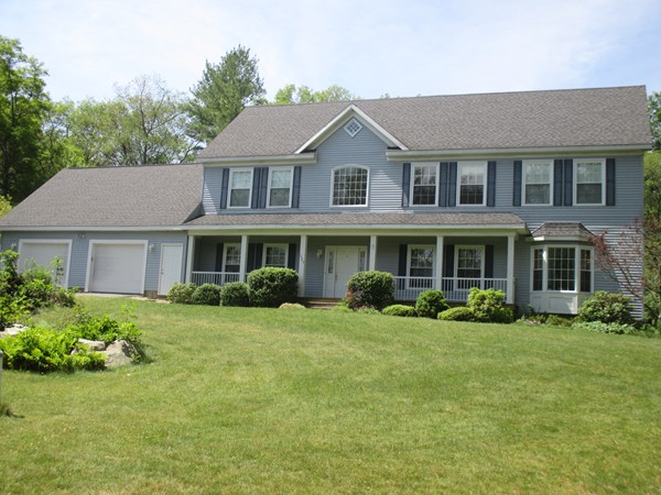 $599,900 - 5Br/4Ba -  for Sale in Holliston