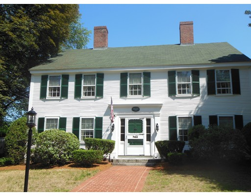 $819,900 - 6Br/2Ba -  for Sale in Chelmsford