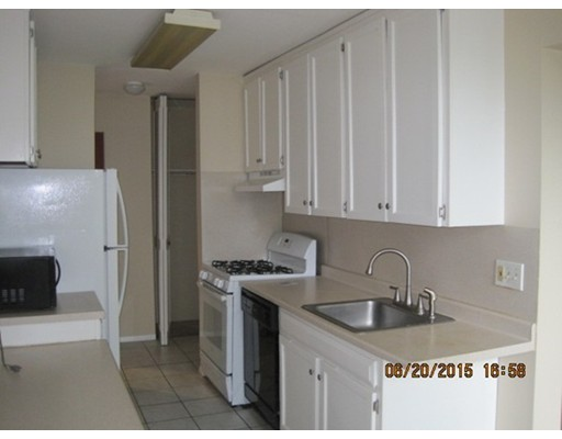 Rental Homes for Rent, ListingId:33876434, location: 36 Shrewsbury Green Dr Shrewsbury 01545