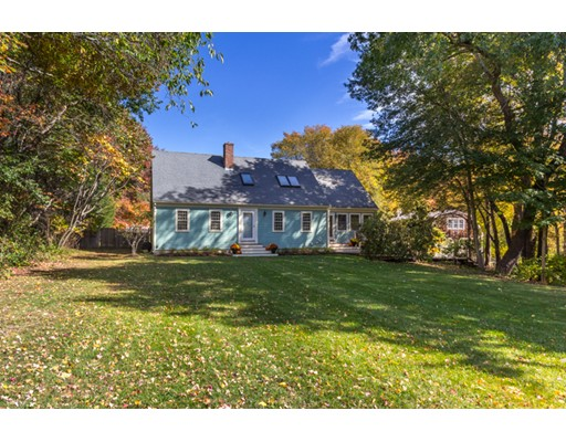 Single Family Home for Sale at 82 Blueberry Lane Hamilton, Massachusetts 01982 United States