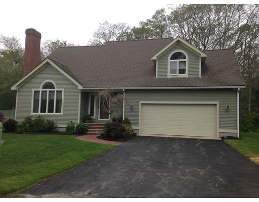 Single Family Home for Sale at 230 College Park Road 230 College Park Road Fall River, Massachusetts 02720 United States
