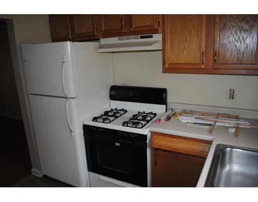 Appartement en copropriété pour l à louer à 33 Colony Rd #1A 33 Colony Rd #1A West Springfield, Massachusetts 01089 États-Unis