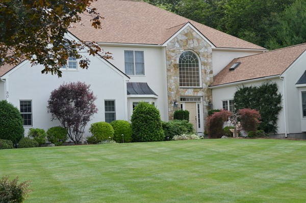 $949,000 - 4Br/6Ba -  for Sale in Colonial Heights, Holliston
