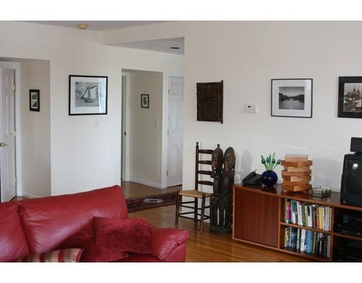 - 2Br/1Ba -  for Sale in Boston
