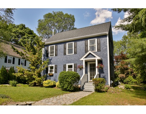 $619,000 - 4Br/3Ba -  for Sale in Marblehead