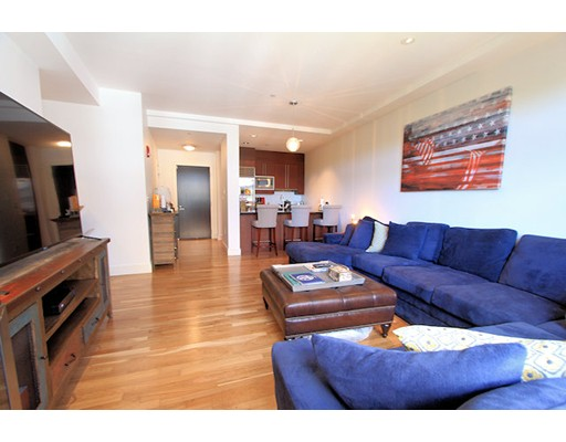 $770,000 - 2Br/2Ba -  for Sale in Boston