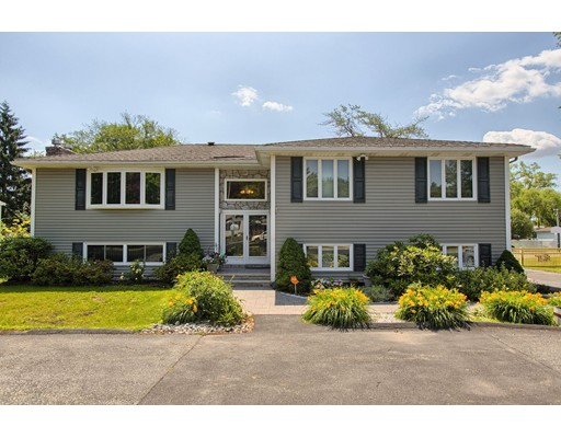 $549,000 - 4Br/3Ba -  for Sale in Saugus