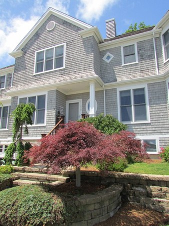 $598,000 - 2Br/3Ba -  for Sale in Falmouth