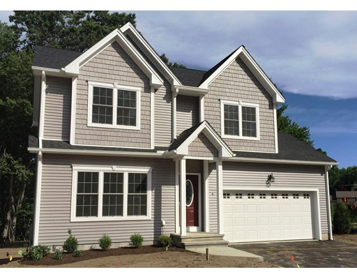 1  Rivercrest Dr,  South Hadley, MA