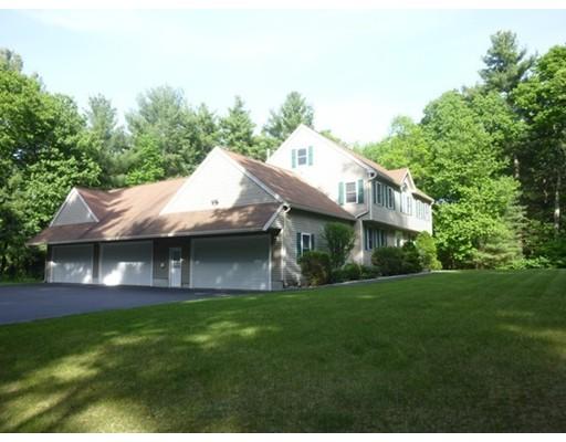 Real Estate for Sale, ListingId: 34241461, Tyngsboro,MA01879