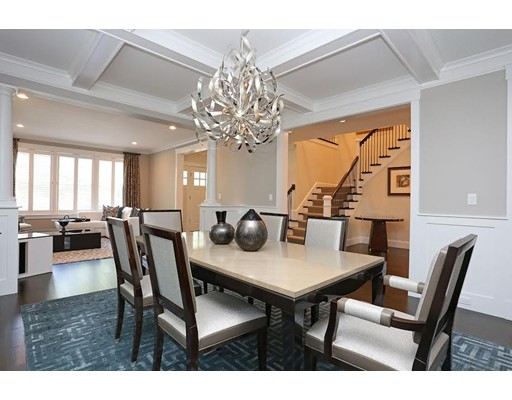 Property for sale at 15 Kenilworth Cir, Wellesley,  MA 02482