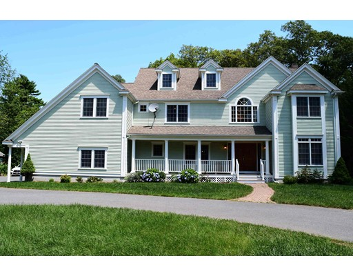 Luxury House for sale in 559 Lowell St , Lexington, Middlesex