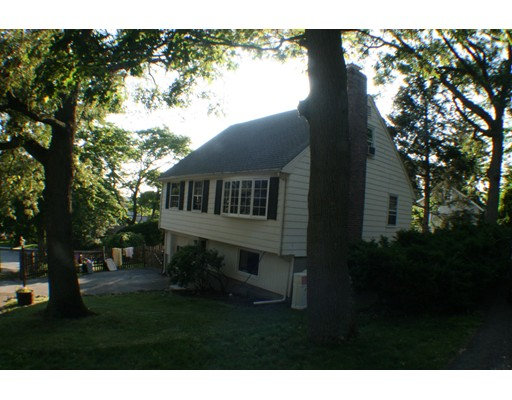 Additional photo for property listing at 8 Chatham St. #0 8 Chatham St. #0 Arlington, Massachusetts 02474 Estados Unidos
