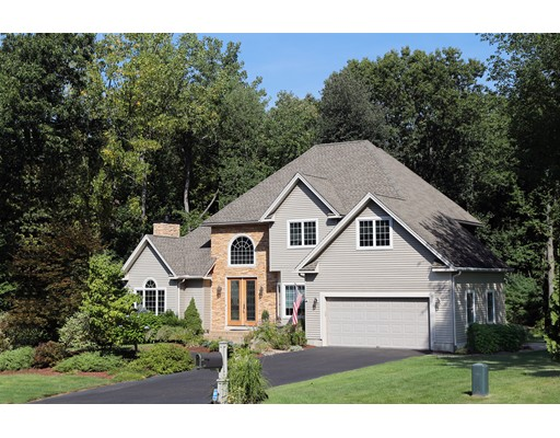 12  Valley View Dr,  South Hadley, MA