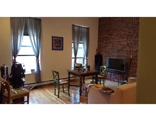 Additional photo for property listing at 17 Dwight Street 17 Dwight Street Boston, Massachusetts 02118 Estados Unidos