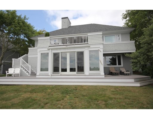 16  N Shore Dr,  Dartmouth, MA