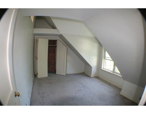 Apartment for Rent at 565 Beacon St. #0 565 Beacon St. #0 Manchester, New Hampshire 03104 United States