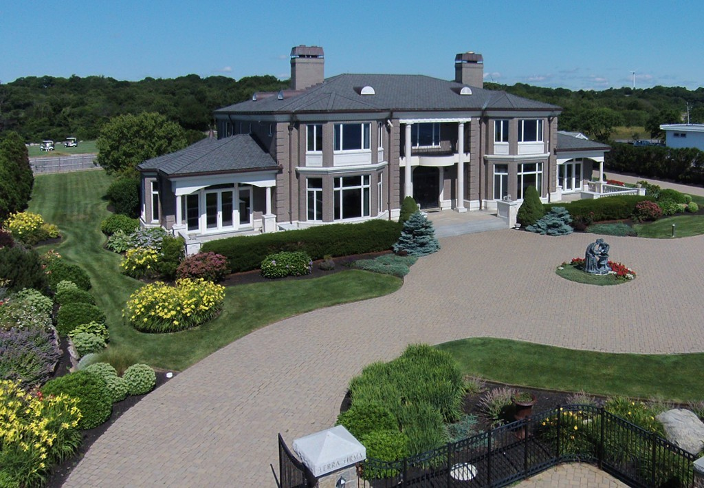 $6,388,000 - 4Br/5Ba -  for Sale in Gloucester