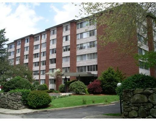 Property for sale at 22 Chestnut Pl Unit: 108, Brookline,  MA 02445