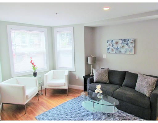 Additional photo for property listing at 11 Charter Street  Newburyport, 马萨诸塞州 01950 美国