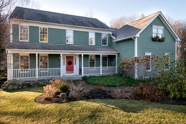 $839,000 - 4Br/3Ba -  for Sale in Holliston