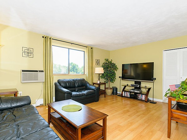 Property for sale at 295 Main St Unit: 28, Reading,  MA 01867