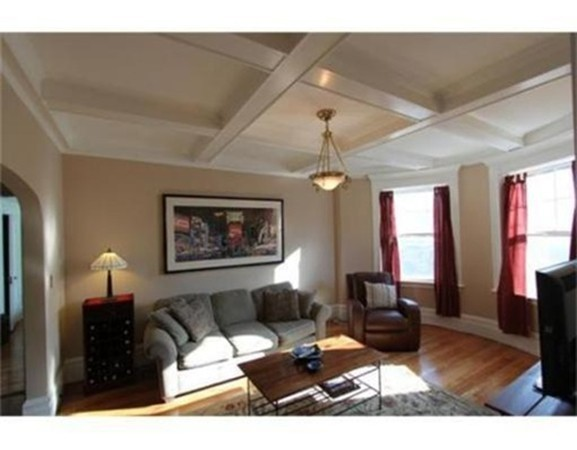 Property for sale at 96 Naples Road Unit: 3, Brookline,  MA 02446