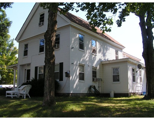 متعددة للعائلات الرئيسية للـ Sale في 1 Lancaster Road Shirley, Massachusetts 01464 United States