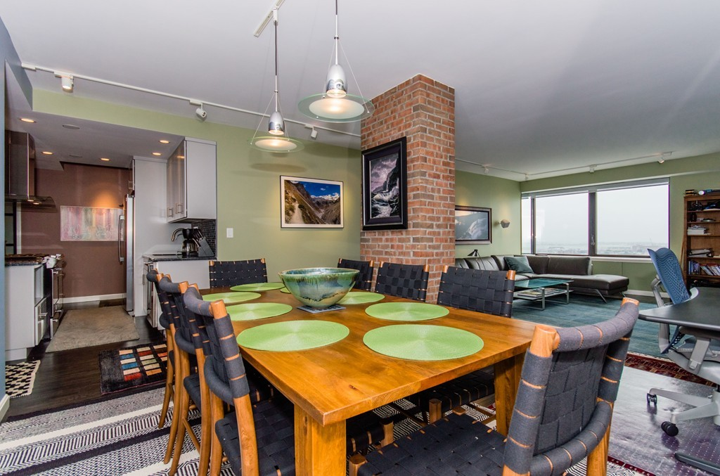 $1,200,000 - 1Br/2Ba -  for Sale in Boston