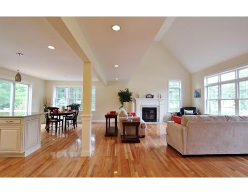 Real Estate for Sale, ListingId: 34970876, Hyannis,MA02601
