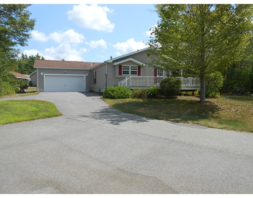 2901  Island Drive,  Middleboro, MA