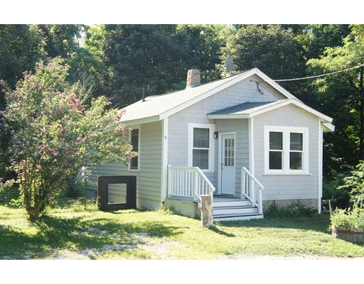 9 Hull St, Quincy, MA 02169