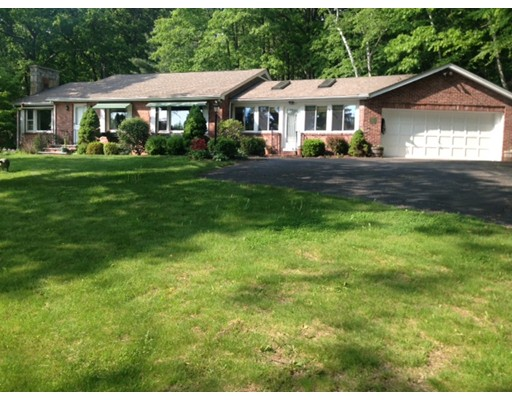 Single Family Home for Sale at 680 Ridge Road Wilbraham, Massachusetts 01095 United States