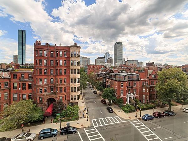 $1,895,000 - 3Br/2Ba -  for Sale in Boston