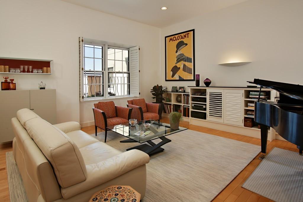 $1,725,000 - 3Br/2Ba -  for Sale in Boston