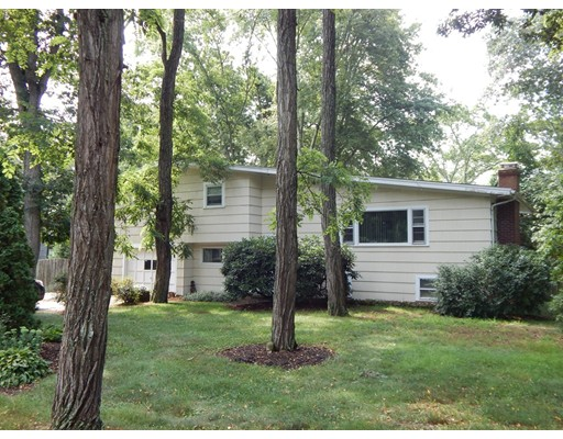 Rental Homes for Rent, ListingId:35123771, location: 41 Rogers Rd Falmouth 02540