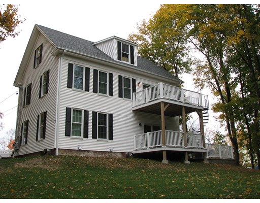 Rental Homes for Rent, ListingId:35123768, location: 8 Vine Street Amesbury 01913