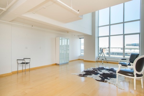 $825,000 - 1Br/2Ba -  for Sale in Boston